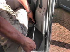 Schiebetürensicherung am Wohnmobil (innen)